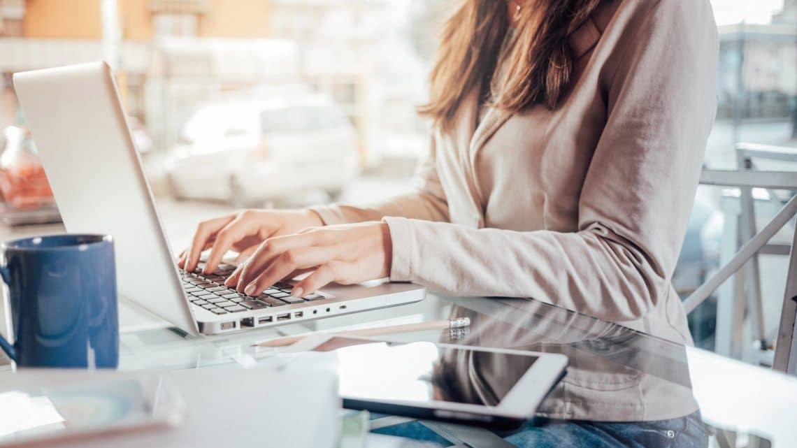 La création d'entreprise en ligne : une solution bon marché et qui facilite les démarches
